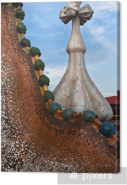 Tableau sur toile Le toit décoré. Casa Batllo. Antonio Gaudi. - Villes européennes