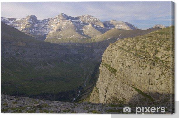 Tableau sur toile Les pyrenees - Europe