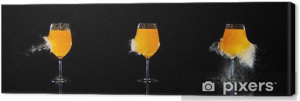 Tableau sur toile Lunettes éclatées avec le jus d'orange - Repas