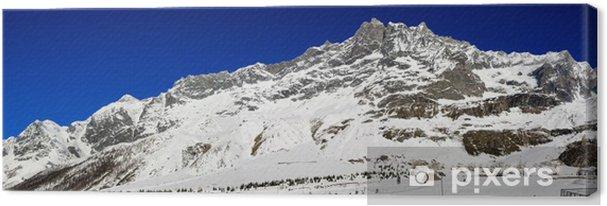Tableau sur toile Montagne enneigée avec un ciel bleu propre - Europe