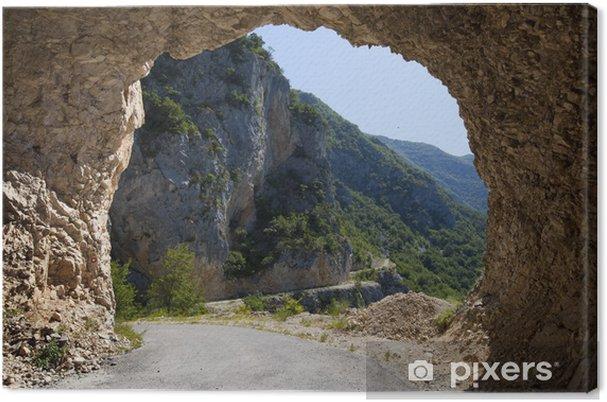 Tableau sur toile Montagne et de la lumière dans le tunnel rocheux, Monténégro - Autres