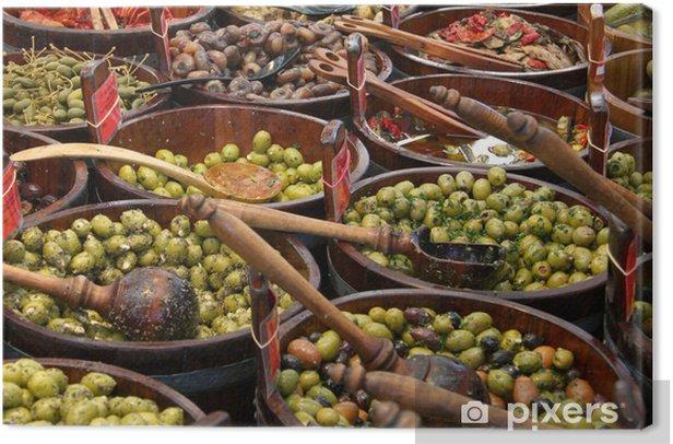 Tableau sur toile Olive - olives vertes et noires du marché - Olives