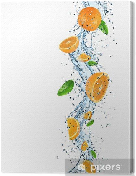 Tableau sur toile Oranges avec les projections d'eau - Repas