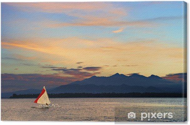 Tableau sur toile Pirogue locale bateau à voile dans une mer tropicale - Vacances