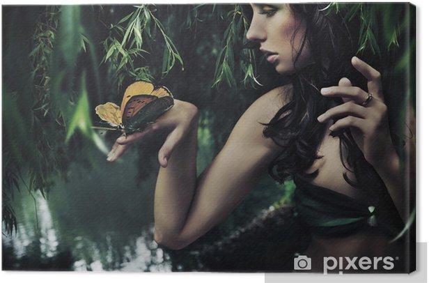 Tableau sur toile Portrait d'une beauté brune avec papillon - Destin