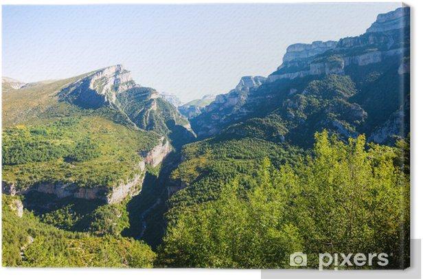 Tableau sur toile Pyrénées paysage de montagnes - Europe
