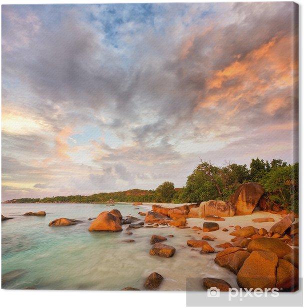 Tableau sur toile Roches de granit sur la plage de Anse Lazio au coucher du soleil, Praslin, Seyshelles - Saisons