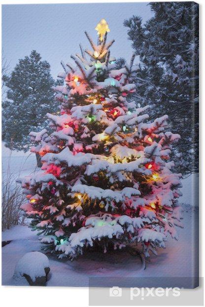 Tableau sur toile Surexposition La neige a couvert l'arbre de Noël - Fêtes internationales
