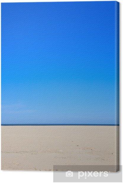 Tableau sur toile Un ciel bleu clair avec plage et l'océan - Eau