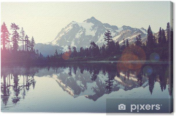 Tableau sur toile Un lac pittoresque - iStaging