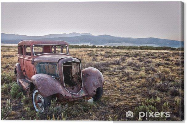 Tableau sur toile Voiture vintage abandonnée - Montana, USA - Amérique