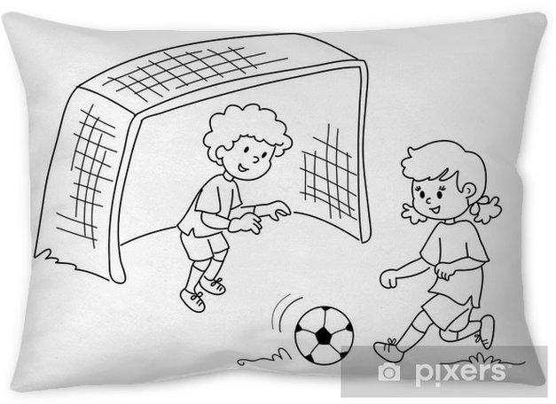 Bambini Che Giocano A Calcio Bianco E Nero Throw Pillow Pixers