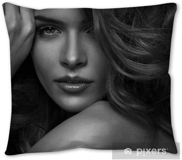 Vogue Style Photo Of Sensual Woman Throw Pillow Pixers We Live To Change