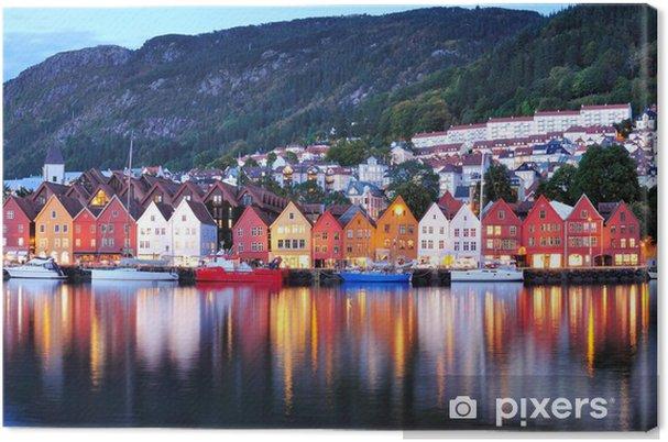 Tuval Baskı Bergen gece görünümü Cityscape yansıma -