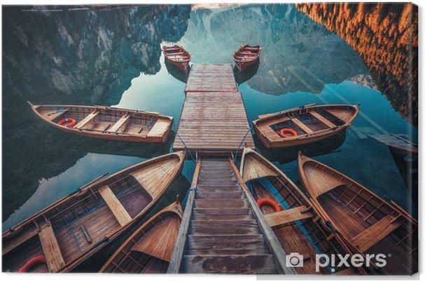 Tuval Baskı Dolomites dağlarda dağlar, sudtirol, italyalar, braies lake (pragser vahşi doğada) üzerinde tekneler - Manzaralar
