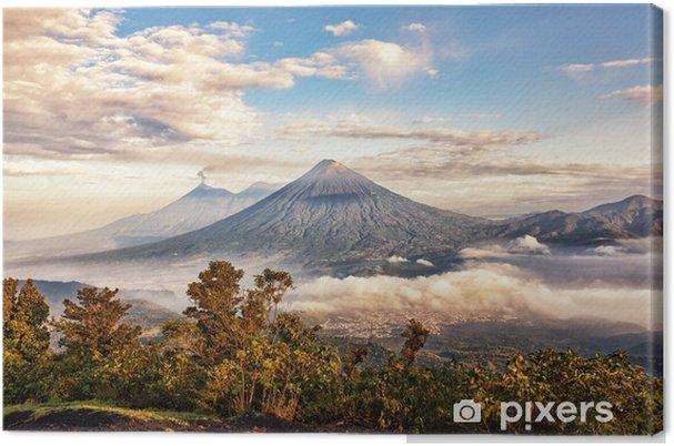 Tuval Baskı Volkanlar fuego (aktif), acatenango ve agua, pacaya dan görünüm, guatemala - Manzaralar