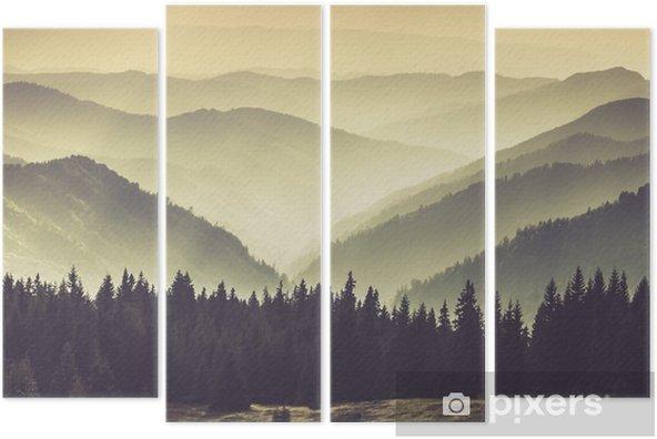 Vierluik Bergen in de mist - Landschappen