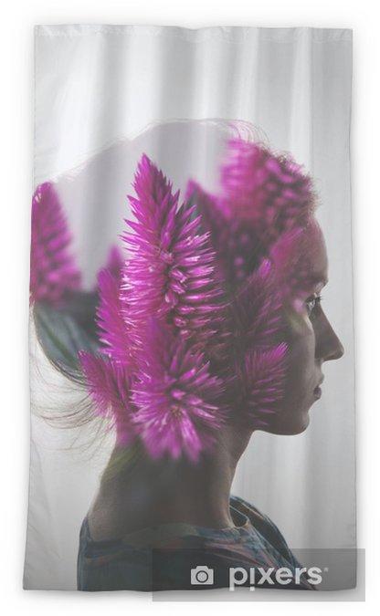 Zasłona okienna przepuszczająca światło Kreacja podwójna ekspozycja z Portret młoda dziewczyna i kwiaty - Ludzie