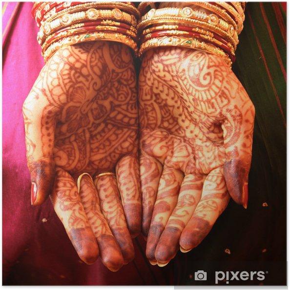 Zelfklevende Poster Handen Henna en Bangles - Indiase bruiloft - Lichaamsdelen