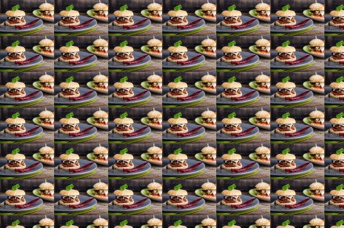 Vinylová Tapeta Francouzský Hamburger, hermelín, omáčka z červeného vína - Témata