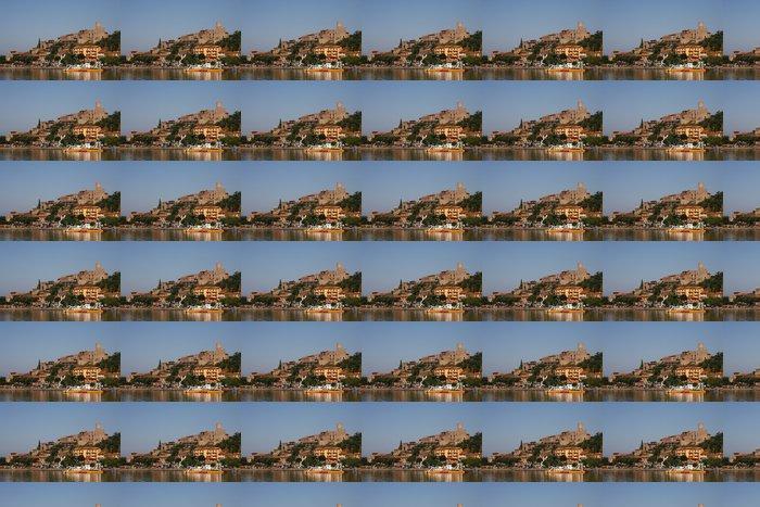 Vinylová Tapeta Passignano, malé městečko na břehu jezera Trasimeno, Umbria - Evropa