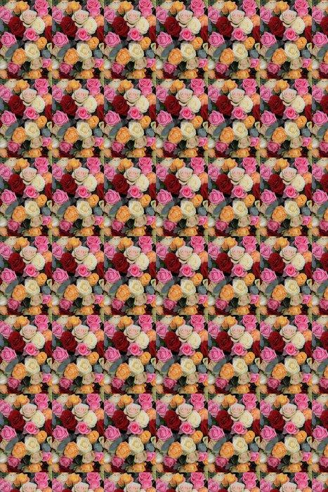 Vinylová Tapeta Červené a pastelové růže ve smíšené růže uspořádání - Slavnosti