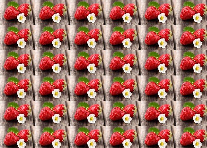 Vinylová Tapeta Čerstvé jahody na dřevěné pozadí - Témata