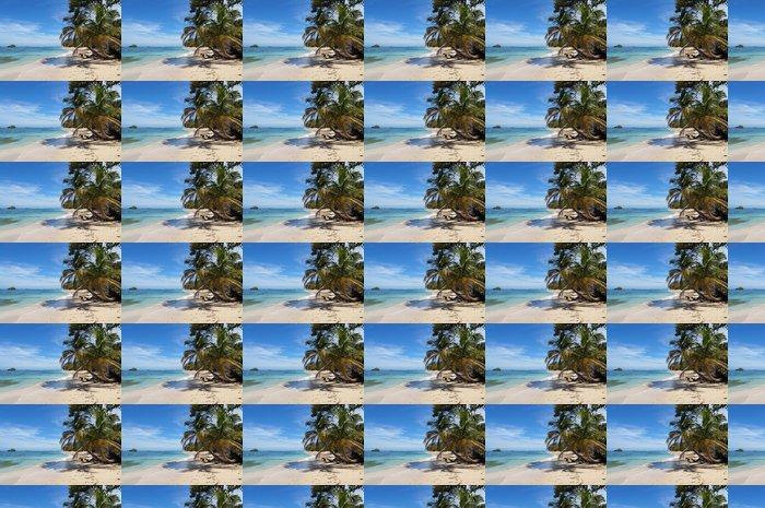 Vinylová Tapeta Wild písečná pláž s ostrůvkem - Témata