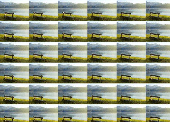 Vinylová Tapeta Dřevěná lavice u jezera - Voda