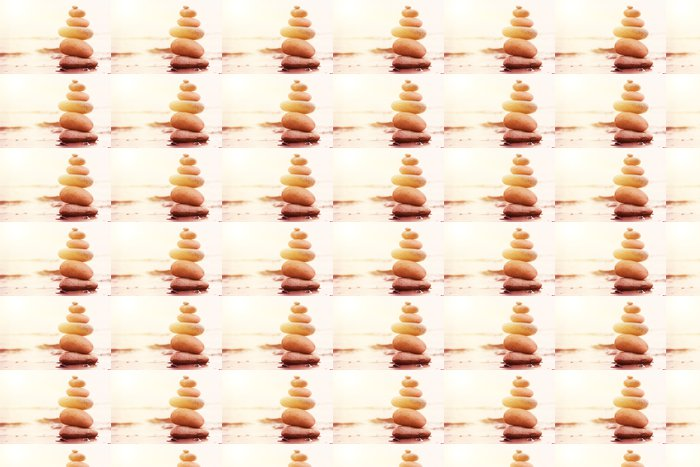 Vinylová Tapeta Kameny pyramida na písku symbolizující zen, harmonii, rovnováhu - Voda