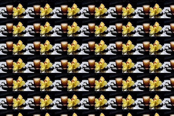 Vinylová Tapeta Aromaterapie svíčku a zen kameny s žlutým orchidej reflexe - Životní styl, péče o tělo a krása