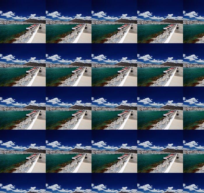Vinylová Tapeta Luxusní jachty a motorové lodě v Puerto Banus ve městě Marbella, Španělsko - Evropa