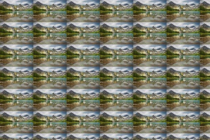 Vinylová Tapeta Nádherné jezero v pohoří Altaj - Hory