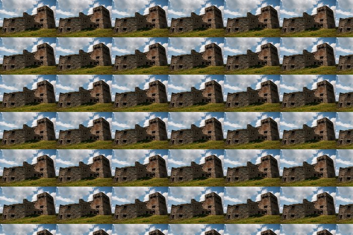Vinylová Tapeta Opuštěné observatoř na vrcholu hory (Pip-Ivan Marmaros - Evropa