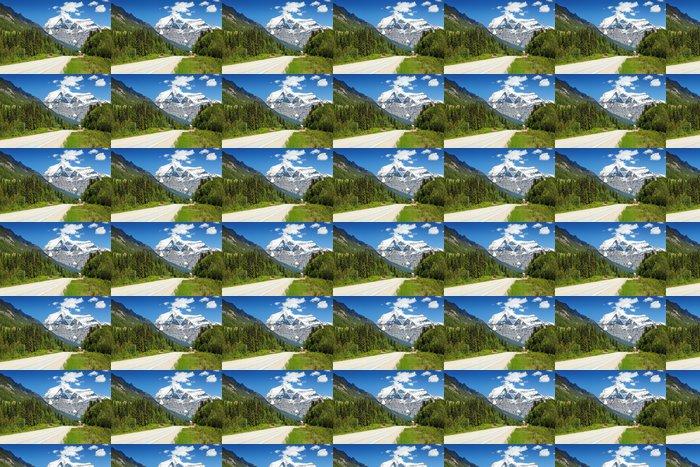 Vinylová Tapeta Einfahrt zum Mount Robson Park - Amerika