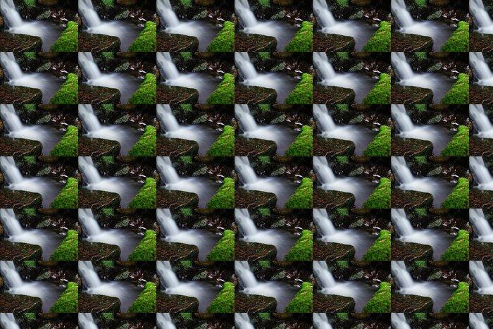 Vinylová Tapeta Rozmazané vodopád proud - Voda