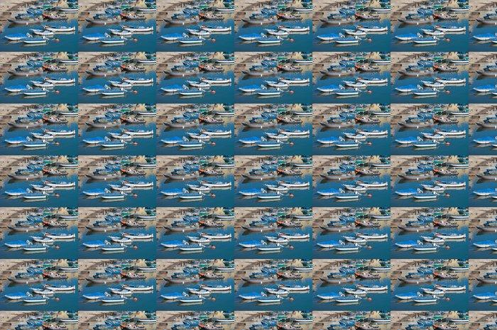 Vinylová Tapeta Lodě kotvící u turistického přístavu Bisceglie. Apulie. - Prázdniny
