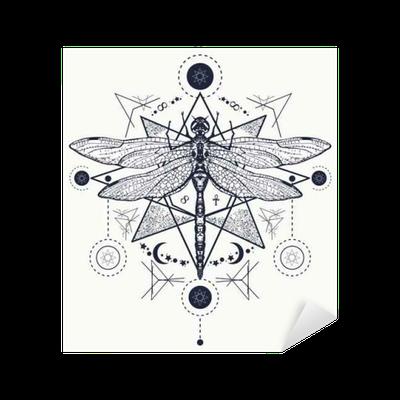 Yusufçuk Dövme Elle çizilmiş Mistik Semboller Ve Böcekler