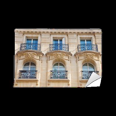 fototapete hausfassade altes haus mit balkon in paris pixers wir leben um zu ver ndern. Black Bedroom Furniture Sets. Home Design Ideas