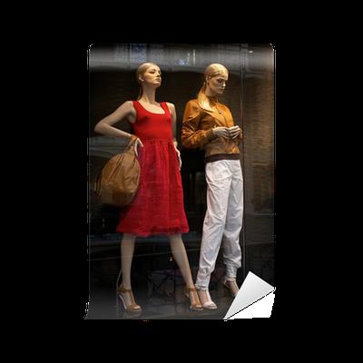 6486d4fdf745 Fototapeta Figuríny v obchodu s oděvy • Pixers® • Žijeme pro změnu