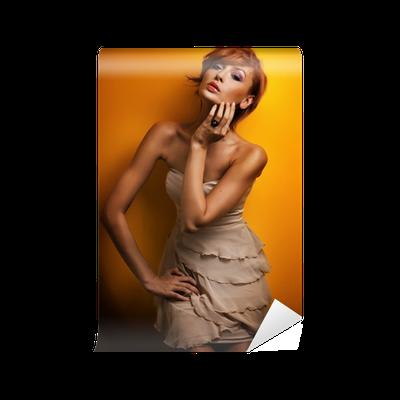 Papier Peint Mode Photo D Une Jeune Fille Belle Rousse Posant En Robe Sensuelle Pixers Nous Vivons Pour Changer