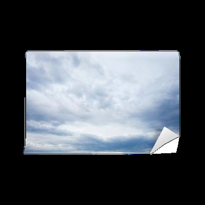 Papier Peint Nuages gris bleu dans le ciel du soir • Pixers ...