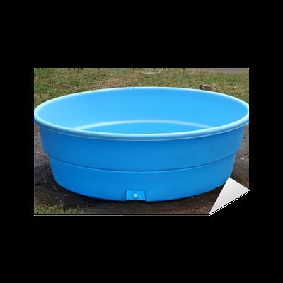 Sticker petite piscine en plastique pixers nous for Piscine en plastique dur