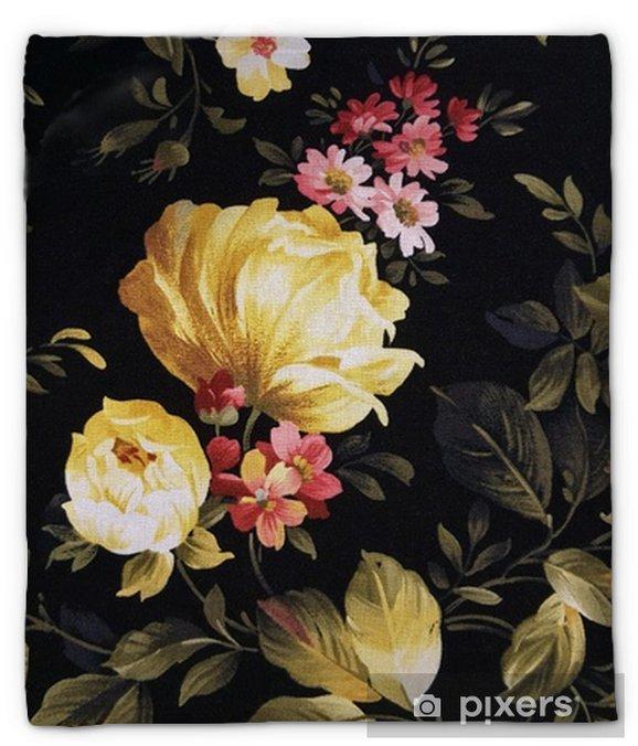 Koc pluszowy Żółty wzór piwonii i różowego stokrotki na czarnej tkaninie - Zasoby graficzne