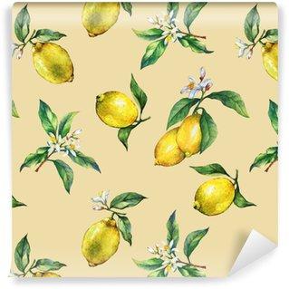 Saumaton malli tuoreiden sitrushedelmien sitruunoiden vihreiden lehtien ja kukkien oksilla. käsin piirretty vesiväri maalaus keltaisella pohjalla. Räätälöity vinyylitapetti
