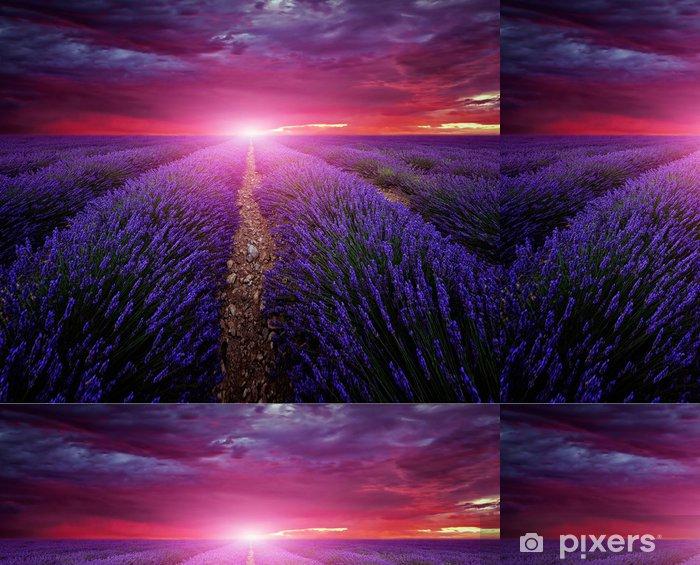 Papier peint à motifs vinyle Belle image de champ de lavande coucher du soleil d'été paysage - Thèmes