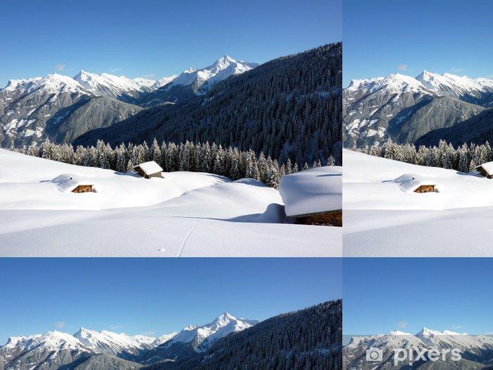 Papier peint à motifs vinyle Paysage d'hiver avec neigé dans des refuges de montagne - Vacances
