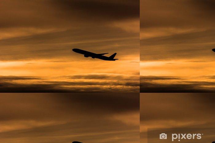 Vinyltapete Silhouette Flugzeug in den Abendhimmel - Luftverkehr