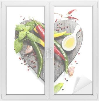 Adesivo per Vetri & Finestre Verdure fresche sul tagliere a forma di cuore
