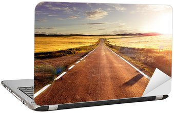 Adesivo para Notebook Aventuras y viajes por carretera.Carretera y campos